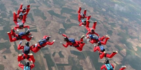 skydivers-honda_tuqlx_7548
